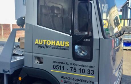 Fahrzeugbeschriftung LKW in Celle, Hannover und Umgebung